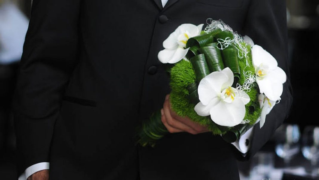Elegant Bridal Bouquets Modelled by Grooms