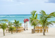 5 Reasons Why You Should Consider An Ak'iin Beach Club Wedding In Tulum