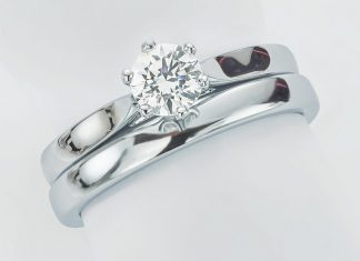 How to Match a Wedding Ring to an Engagement Ring