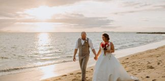 Chelsey & Tom Radisson Blu Fiji Wedding