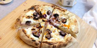 Ooni Pizza Oven: Blueberry, Honey, Goats Cheese, Orange and Thyme Pizza Recipe - Cove Cake Design