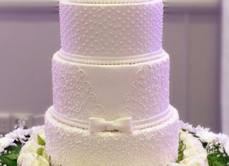 5 Tier Piped wedding cake - Lord Charles Hotel