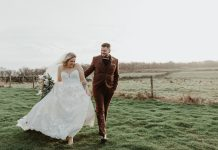 Soft Earthy Toned Wedding With DIY & Dried Flowers: Debs & James