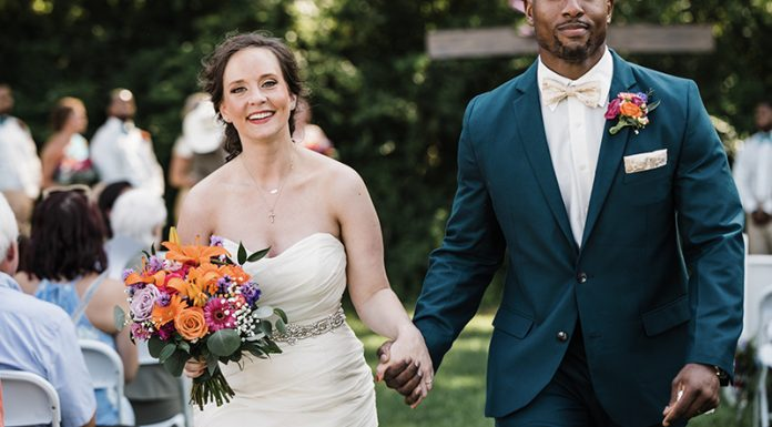 Joyful + Bright Knoxville Wedding