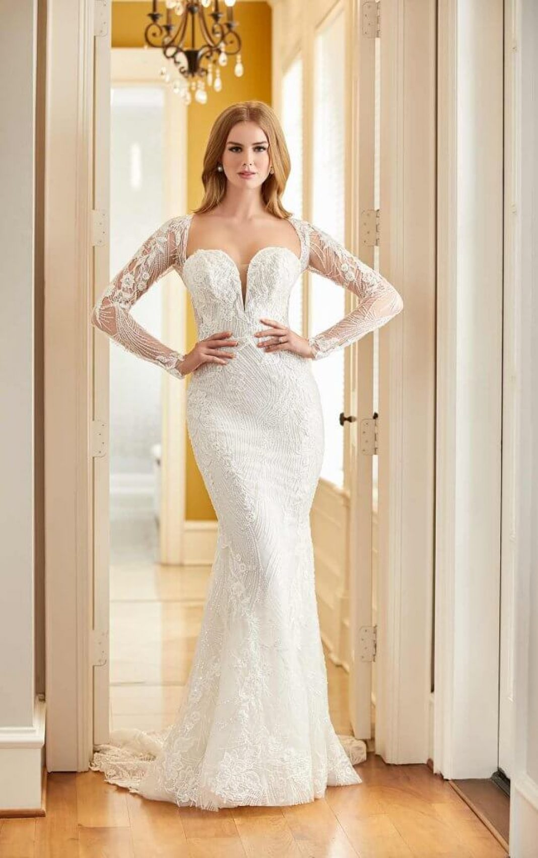 Model wearing Martina Liana Luxe wedding dress in style Style LE1107