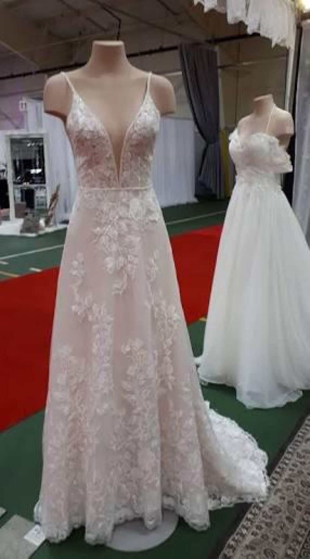 Anyone know any dresses similar to this that are more affordable? : weddingdress
