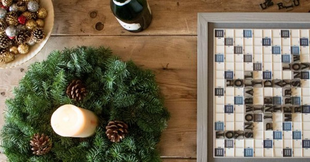 Decorate for the Holidays with 5 Different Wreath Styles