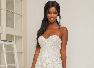 Casual Beach Wedding Dresses | Destination Wedding Details