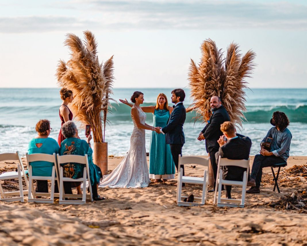 Becoming a wedding officiant in Puerto Rico